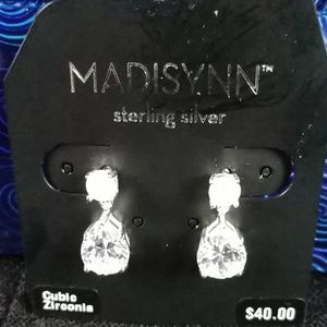 NWT, Madisynn CZ statement earring